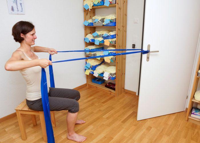Instruktion einer Übung fürs Heimprogramm (1)